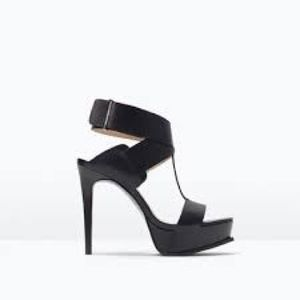 Zara Woman Black Leather Ankle Strap Heels 8/39